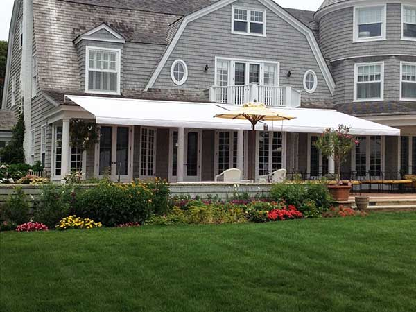 Classic Retractable Awning