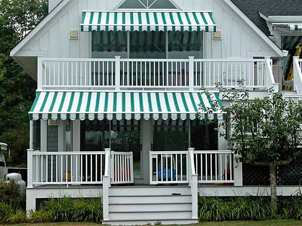 Residential Green Retractable Awning