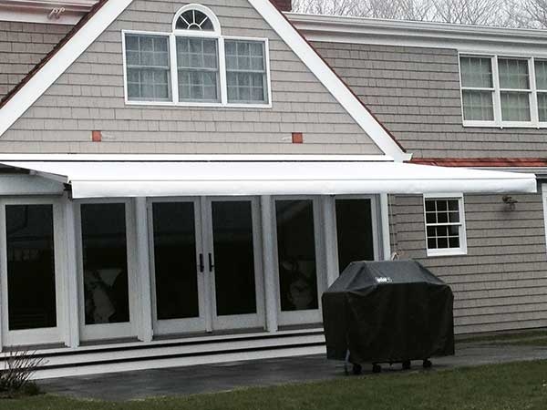 white simple Retractable Awning